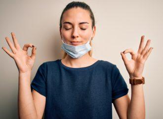 Mujer frente al coronavirus